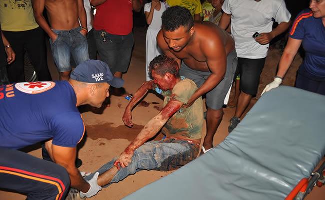 a vítima foi socorrida por uma equipe do SAMU