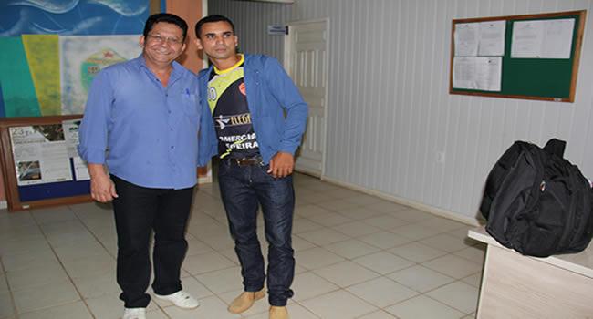 DEP.EDVALDO SOUZA E AMARILDO FUCIONARIO DA CAMARÁ DE BRASILEIA