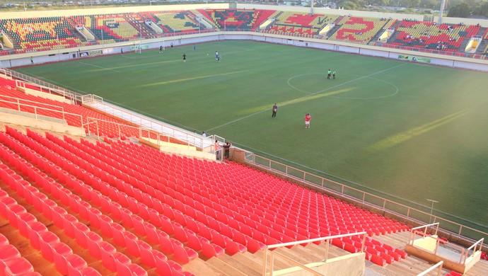 Arena da Floresta, em Rio Branco (AC), é o principal palco do futebol local (Foto: João Paulo Maia)