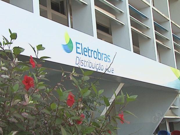 Eletroacre (Eletrobras Distribuição Acre) é a 3ª do pais que mais interrompeu o fornecimento de energia em 2014 (Foto: Reprodução Tv Acre)