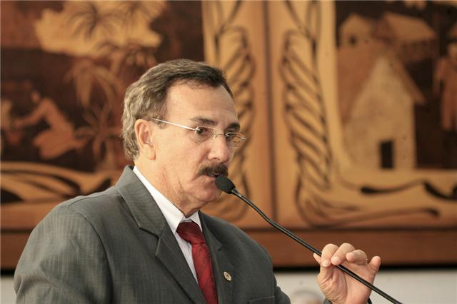 Deputado Walter Prado está internado no PS
