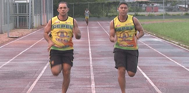 Juriel Maia e Francisco Neto vão treinar durante 60 dias em CT da Seleção Brasileira de Atletismo (Foto: Reprodução/TV Acre)
