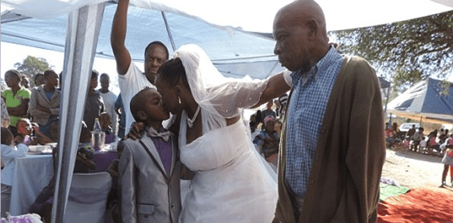 9 anos  casamento 9