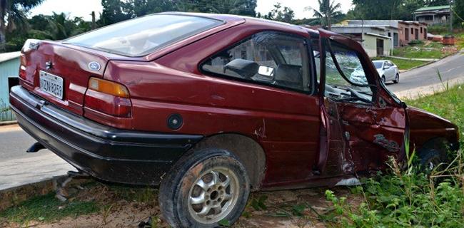 Motoristas envolvidos no acidente não tinham habilitação. (Foto: Adelcimar Carvalho)