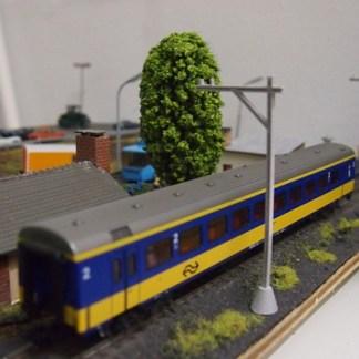 Bij het spoor en station