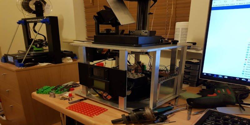 DIY 3D resin printer concept