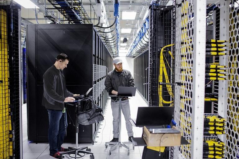 Microsoft Now to Open Data Centres in Abu Dhabi, Dubai