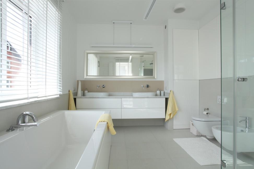 Bao moderno en tonos blanco y gris Fotos para que te