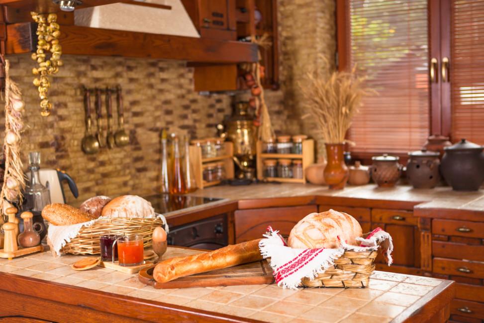 Cocina rstica todo en madera Fotos para que te inspires  3Presupuestos