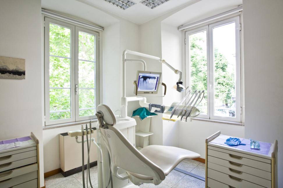Gabinete dental en beige Fotos para que te inspires