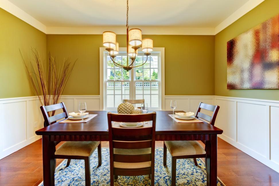 Comedor eclctico con pared verde pistacho Fotos para que