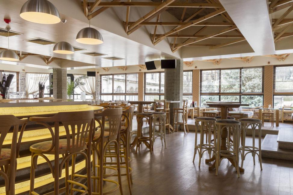 Restaurante moderno con vigas vistas Fotos para que te