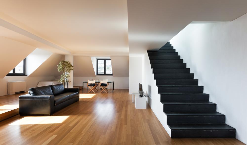 Escalera de obra recta negra Fotos para que te inspires  3Presupuestos