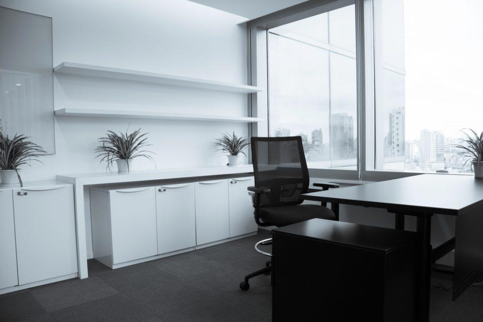 Oficina moderna blanco y negro Fotos para que te inspires