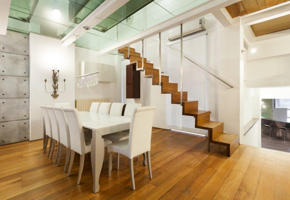 Comedor nrdico con escalera de madera Fotos para que te