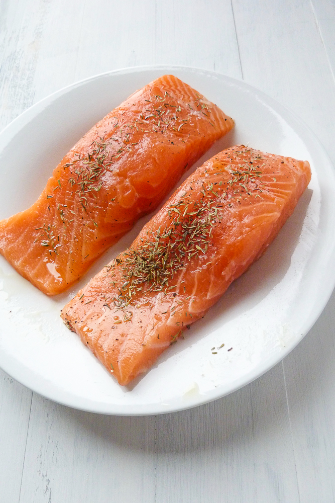 best salmon with lemon and thyme
