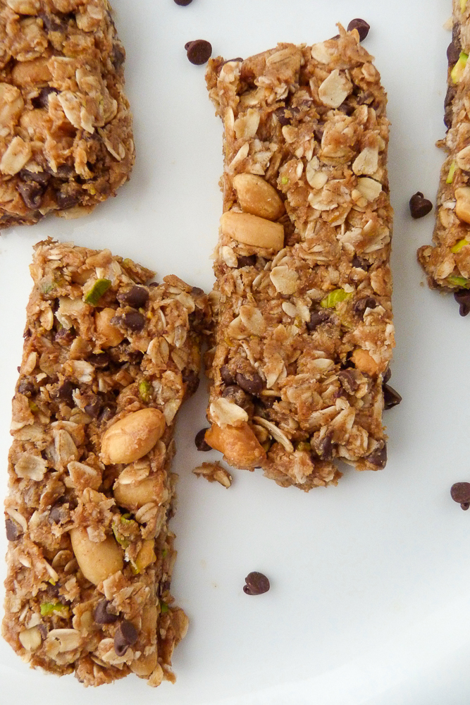 best chewy almond butter and oat bars