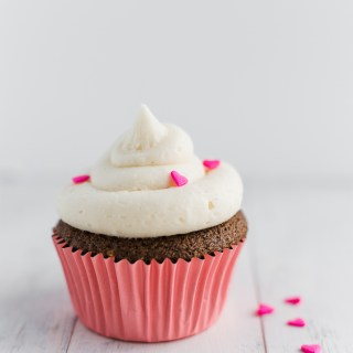 Best Chocolate Cupcakes with White Icing