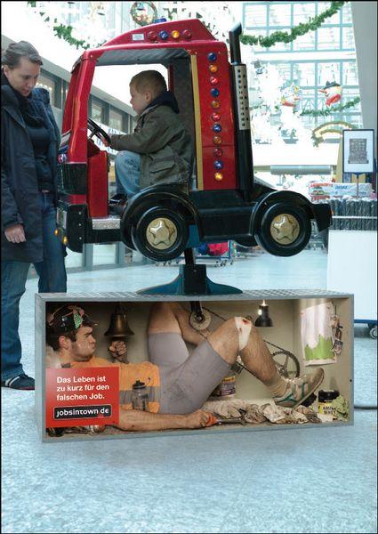 """Pubblicità inestimabili """"Lavoro nel lavoro"""": the best creative and funny jobs ads"""