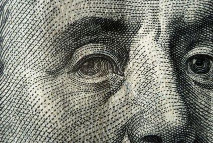 Macro estremo su una banconota da 100 dollari