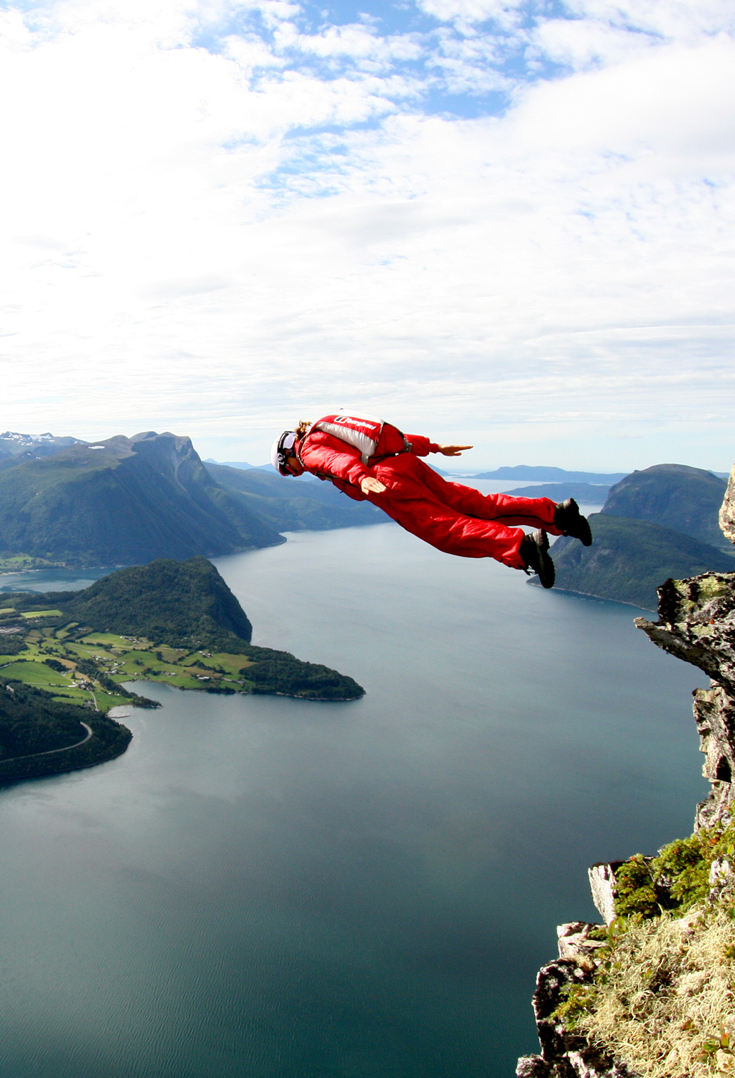 Basejump Gorgeous View 3Wallpapers iphone Parallax Basejump Gorgeous View