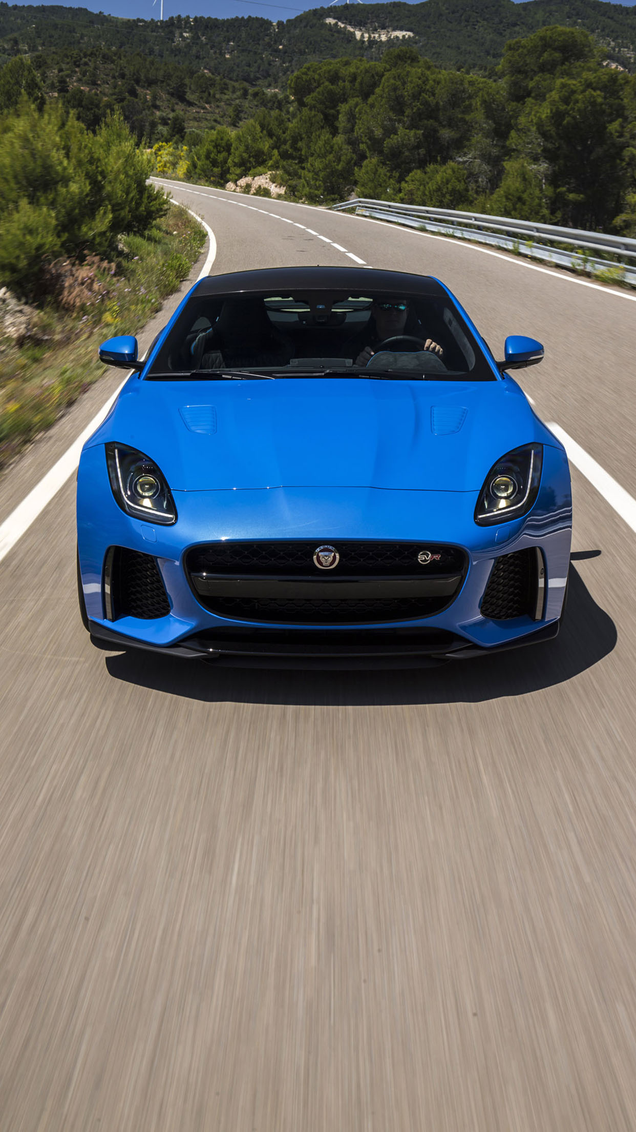 Jaguard F Type SVR Front 3Wallpapers iPhone Parallax Jaguard F Type SVR front