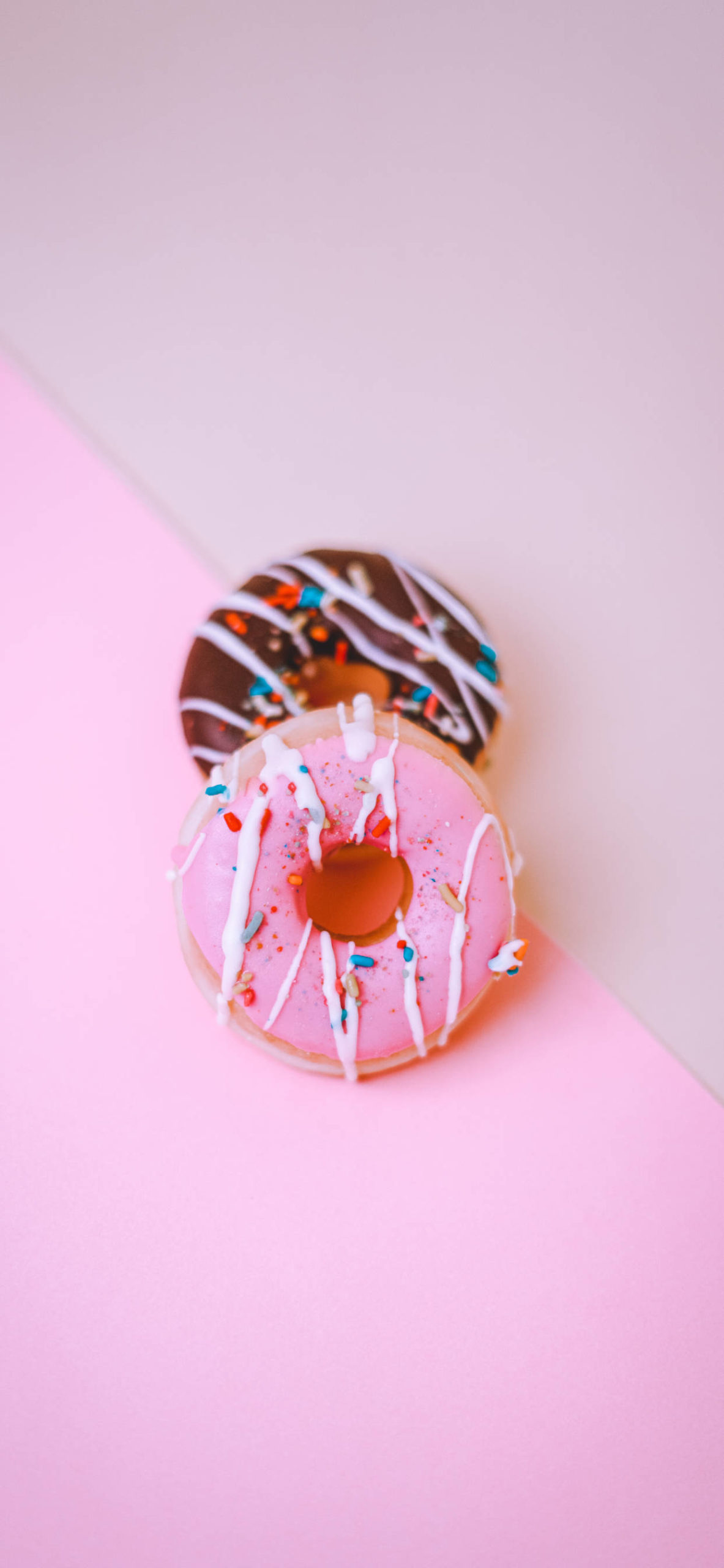 iPhone wallpapers donut pink choco scaled Donut