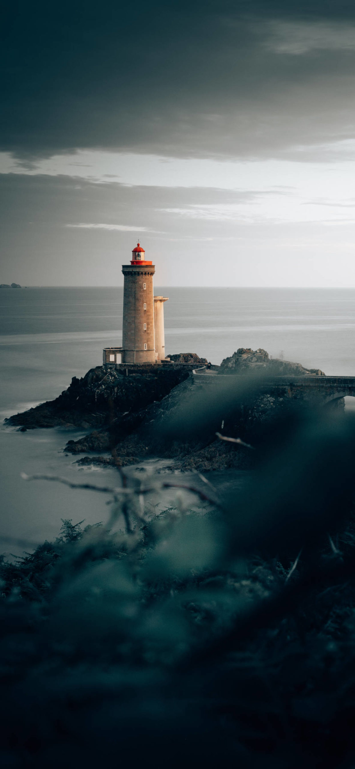 iphone wallpapers lighthouse du petit minou scaled Lighthouse