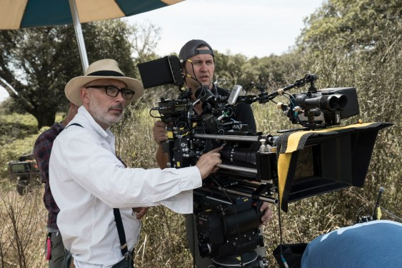 "BTS: Director of photography Benoit Delhomme, camera operator Bela Trutz, ""A"" camera 1st AC Chad Rivetti"