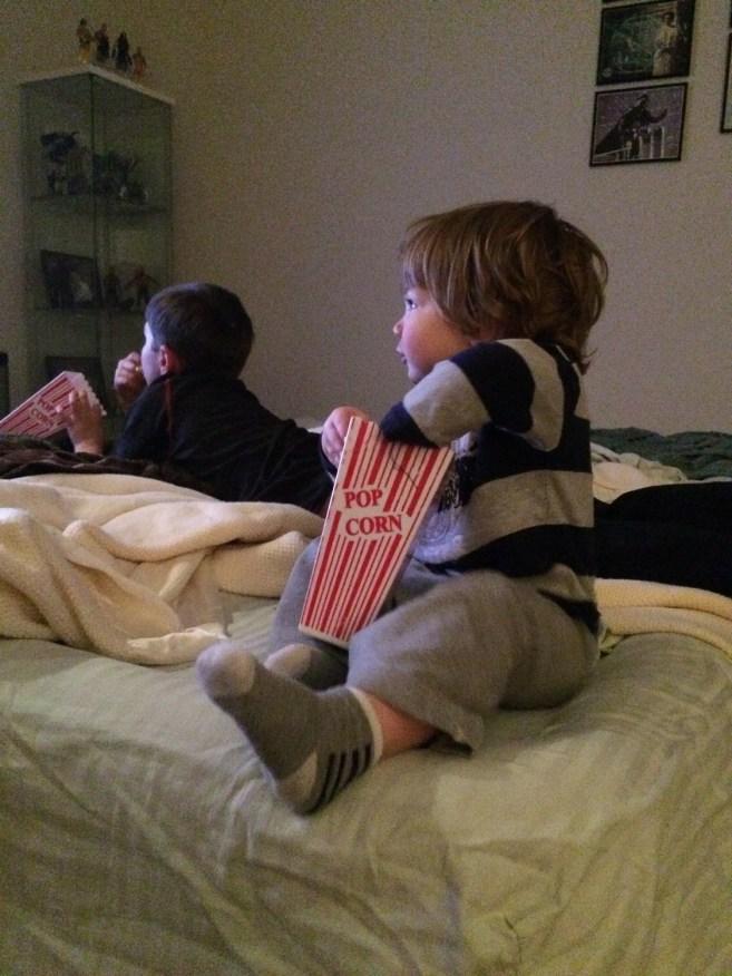 Wrestlemania 32 Weekend - Link Likes Popcorn