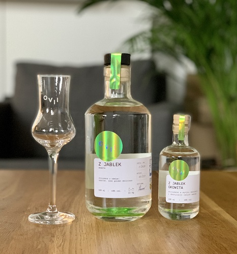 Okowita z jabłek OVII z Drake Distillery - dobra do domowej degustacji