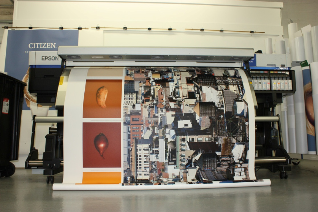 Printer printing Canvas Wrap