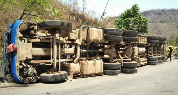 truck accidents: who is liable? snyder law group
