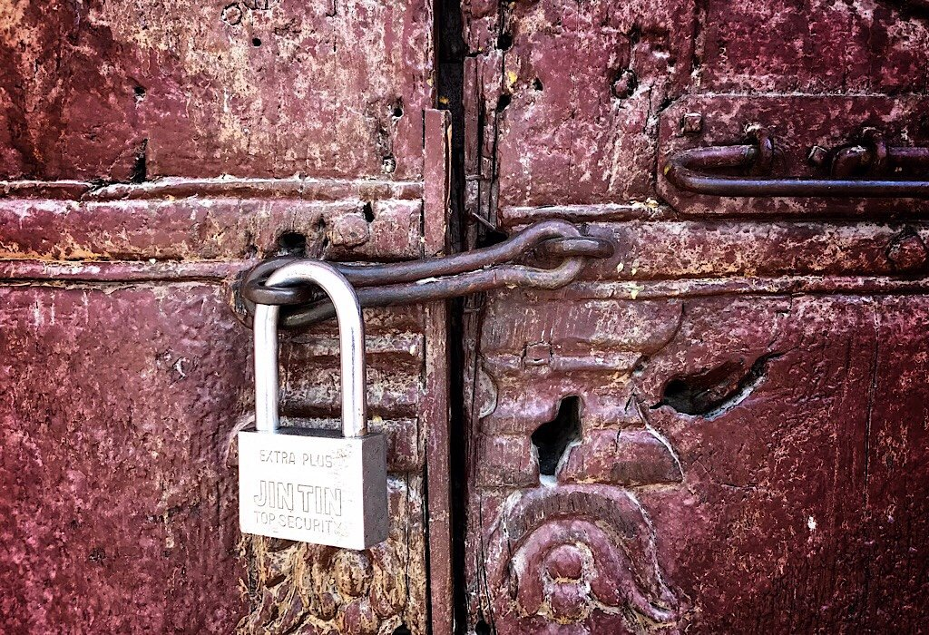 Padlock on a door in Sucre bolivia