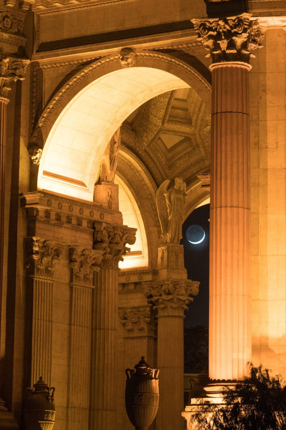 """Caught the moon showing it's waxing face through the palace arches."" Photo: Jake Landon, @jakelandon. #SFGuide Featured Photographer."