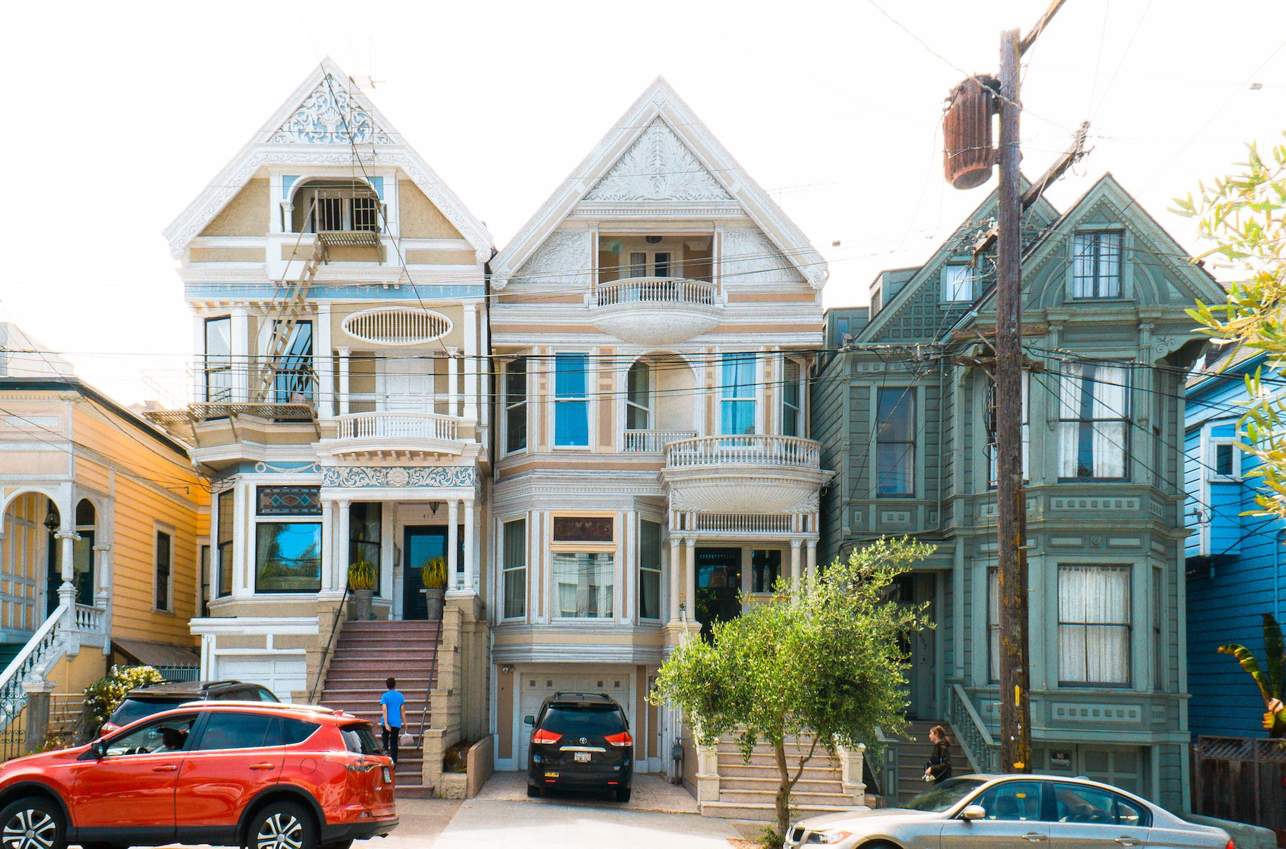 Victorian homes of Haight. Photo: Justin Wong, 49miles.com.