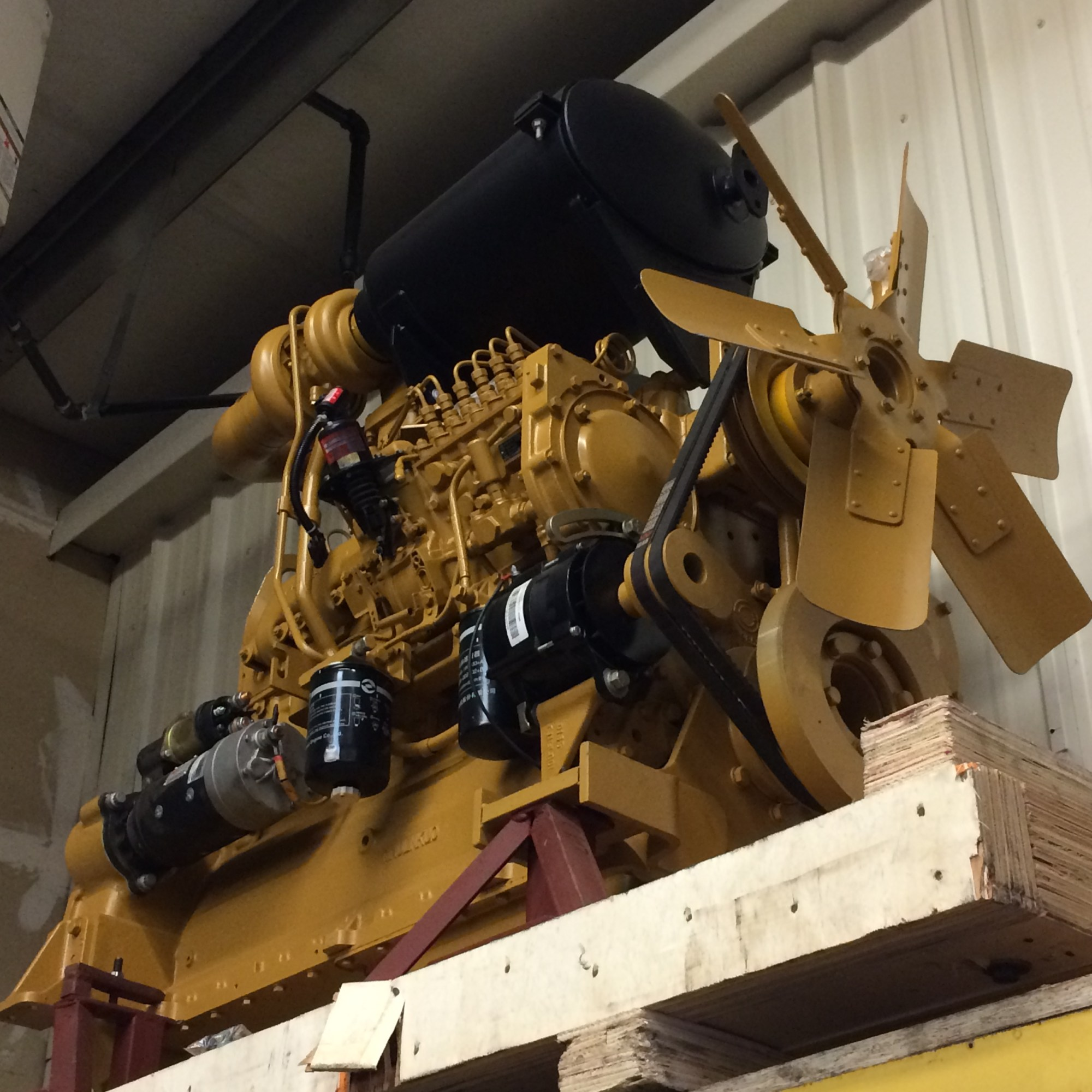 hight resolution of new cat 3306 diesel engine