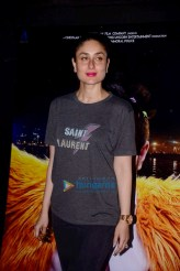 Daily-Style-Pill-WHOA-Kareena-Kapoor-Khan-aces-the-minimal-chic-look-with-hot-pink-lips-and-high-heels-2