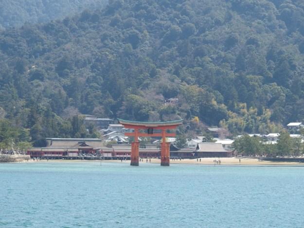 JR西日本   宮島航路