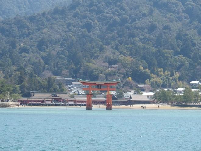 JR西日本 | 宮島航路