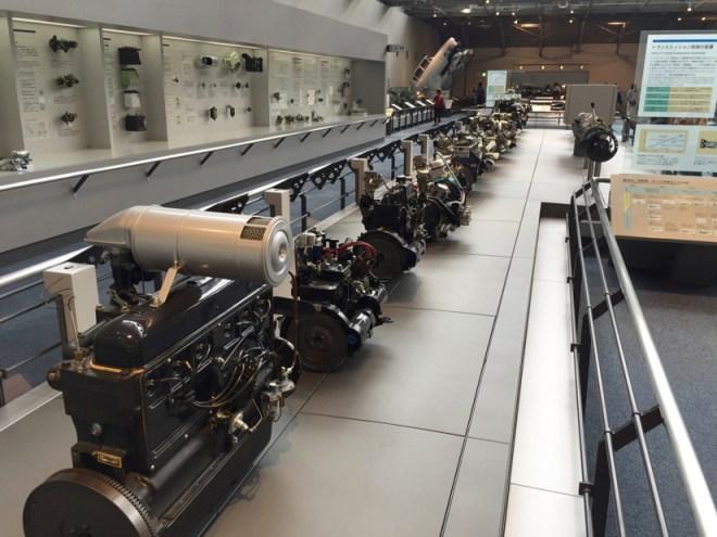 エンジンの進化の過程 | トヨタ産業技術記念館