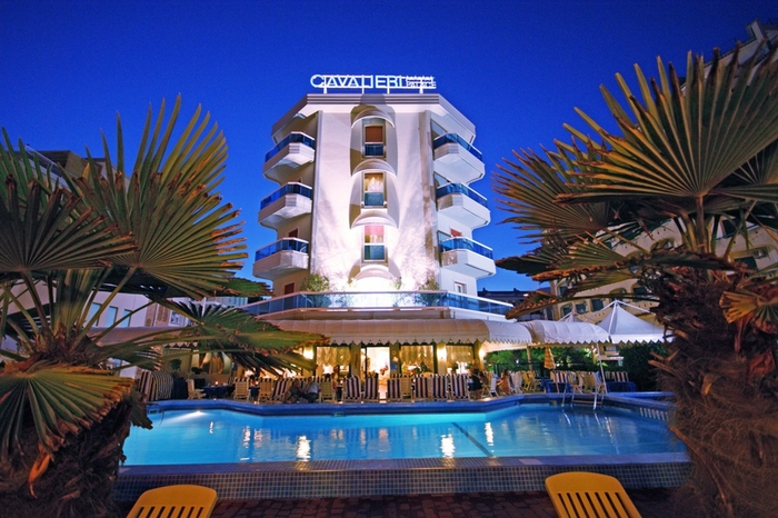 Hotel Cavalieri Palace 4 stelle fronte mare a Jesolo