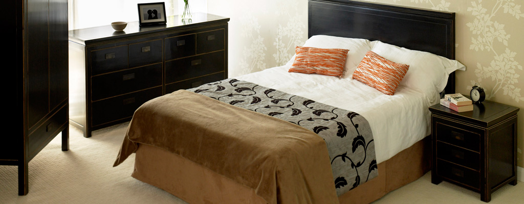 Chinese Beds  Oriental Beds  Black and White Lacquer