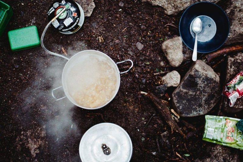 Cómo escoger una cocina portátil o cocinilla de campamento