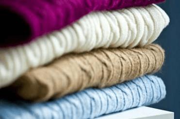 كيفية تخزين ملابس الشتاء والأحذية والأغطية