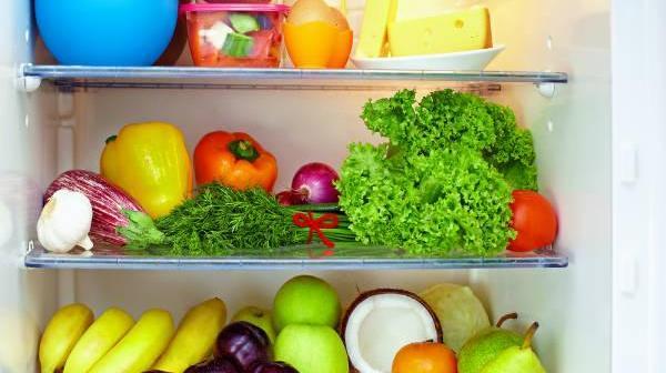 الثلاجة تفقد بعض الأطعمة قيمتها الغذائية