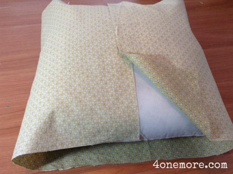DIY spring pillow cover 4onemore.com