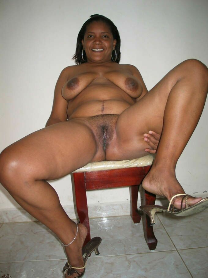 a seins noires gros Femmes