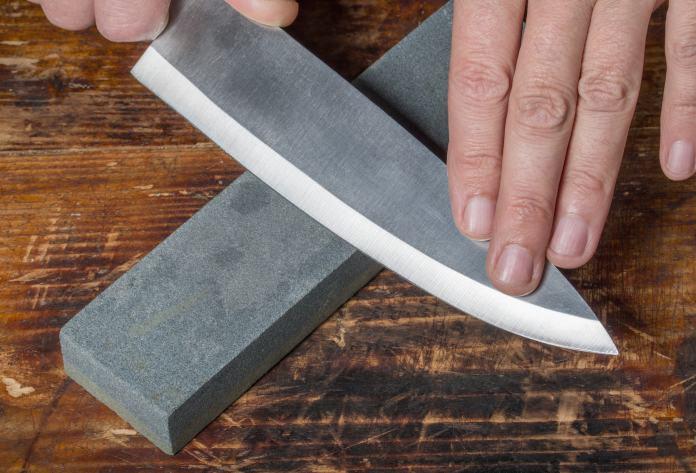 Messer und Wetzstahl