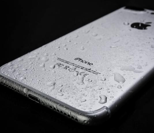 iPhone mit Wasserschaden